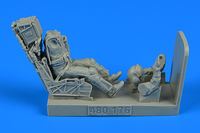 US Navy Fighter/Attack Pilot with ejection seat for F/A-18E/F Figurines HASEGAWA/REVELL