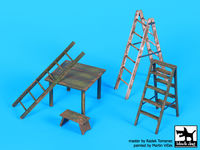 Ladders and table - Image 1