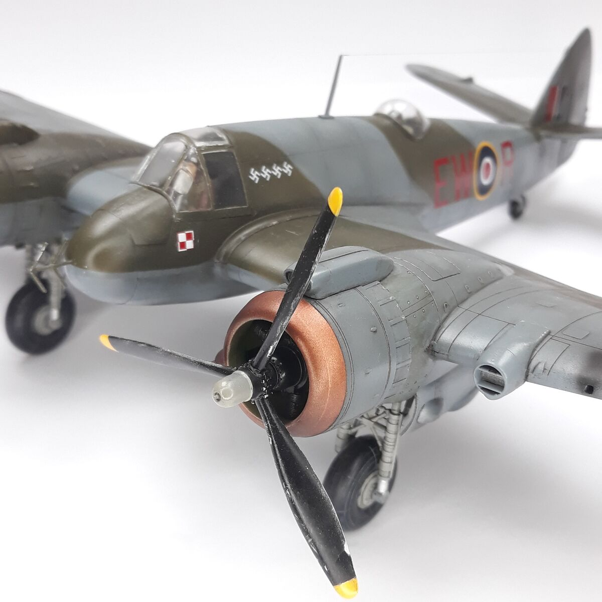 Beaufighter Mk.VI dyw.307 - 006 - Image 1