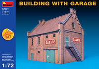 BUILDING WITH GARAGE - Image 1
