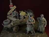 Waffen SS big set, Ardennes 1944, 4 Figures + Schwimmwagen Accessories (Designed for Tamiya Kit)