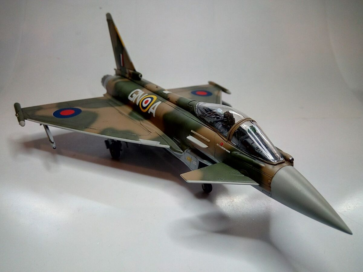 Eurofighter Typhoon 1/72 - 009 - Image 1