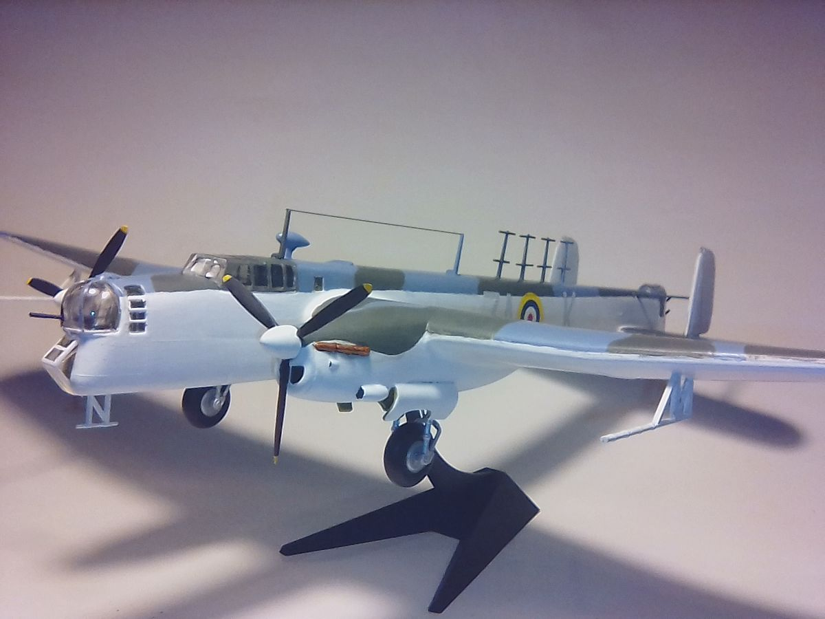 Armstrong Whitworth Whitley 1/72 FROG - 001 - Image 1