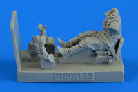 Soviet Woman Gunner WWII with seat for Po-2 Figurines ICM - Image 1