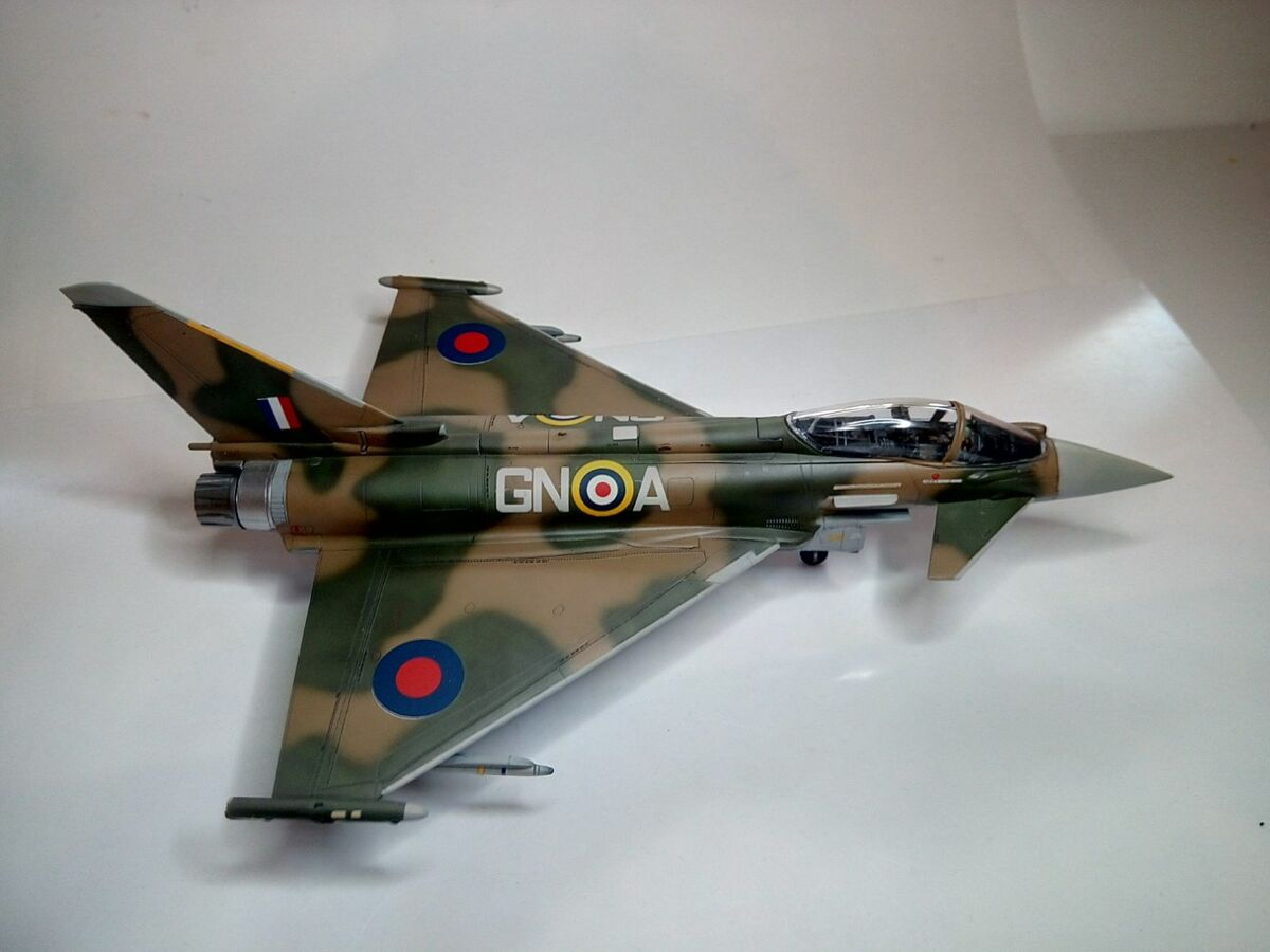 Eurofighter Typhoon 1/72 - 010 - Image 1