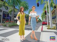 29107 Hollywood Celebrity Girls Figure