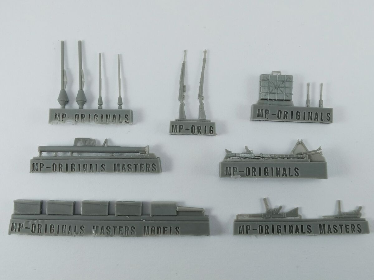 German WWII weaponry (small set) - Image 1