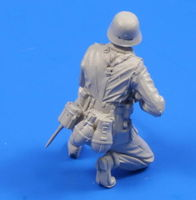 German WW II Infantryman from Africa (1 figure) 1/35 - Image 1