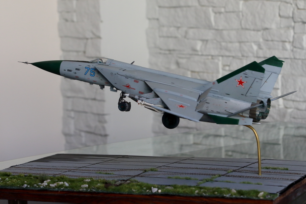 MIG-25 PDS - 008 - Image 1