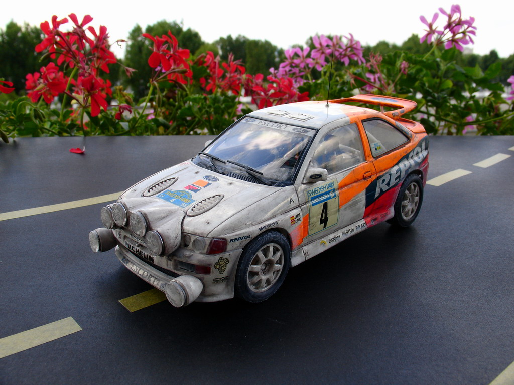 TAMIYA 1/24 FORD Cosworth - 001 - Image 1