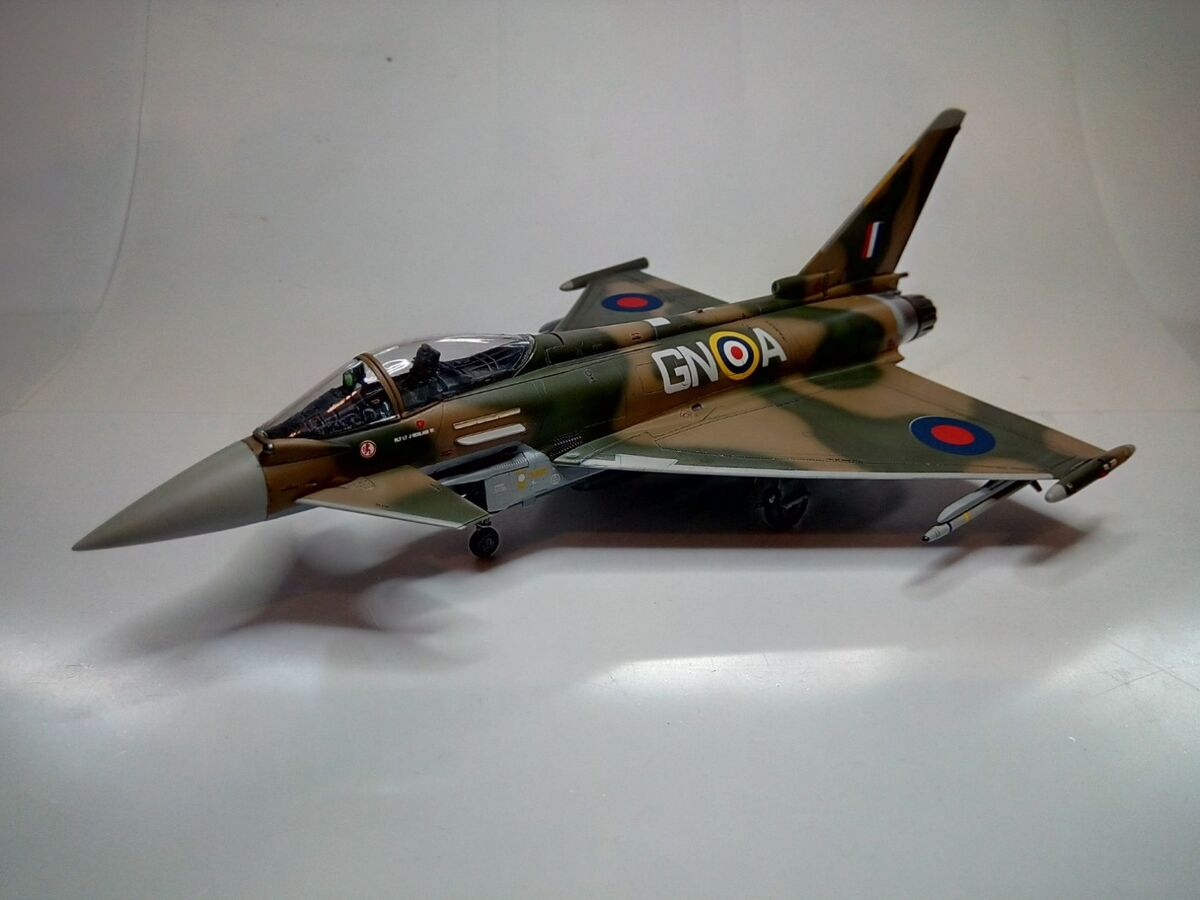 Eurofighter Typhoon 1/72 - 007 - Image 1