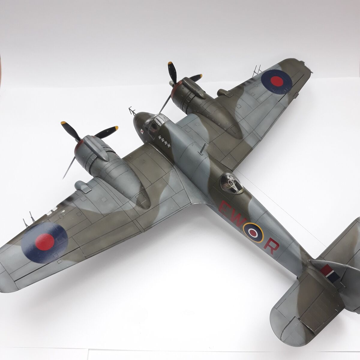 Beaufighter Mk.VI dyw.307 - 004 - Image 1