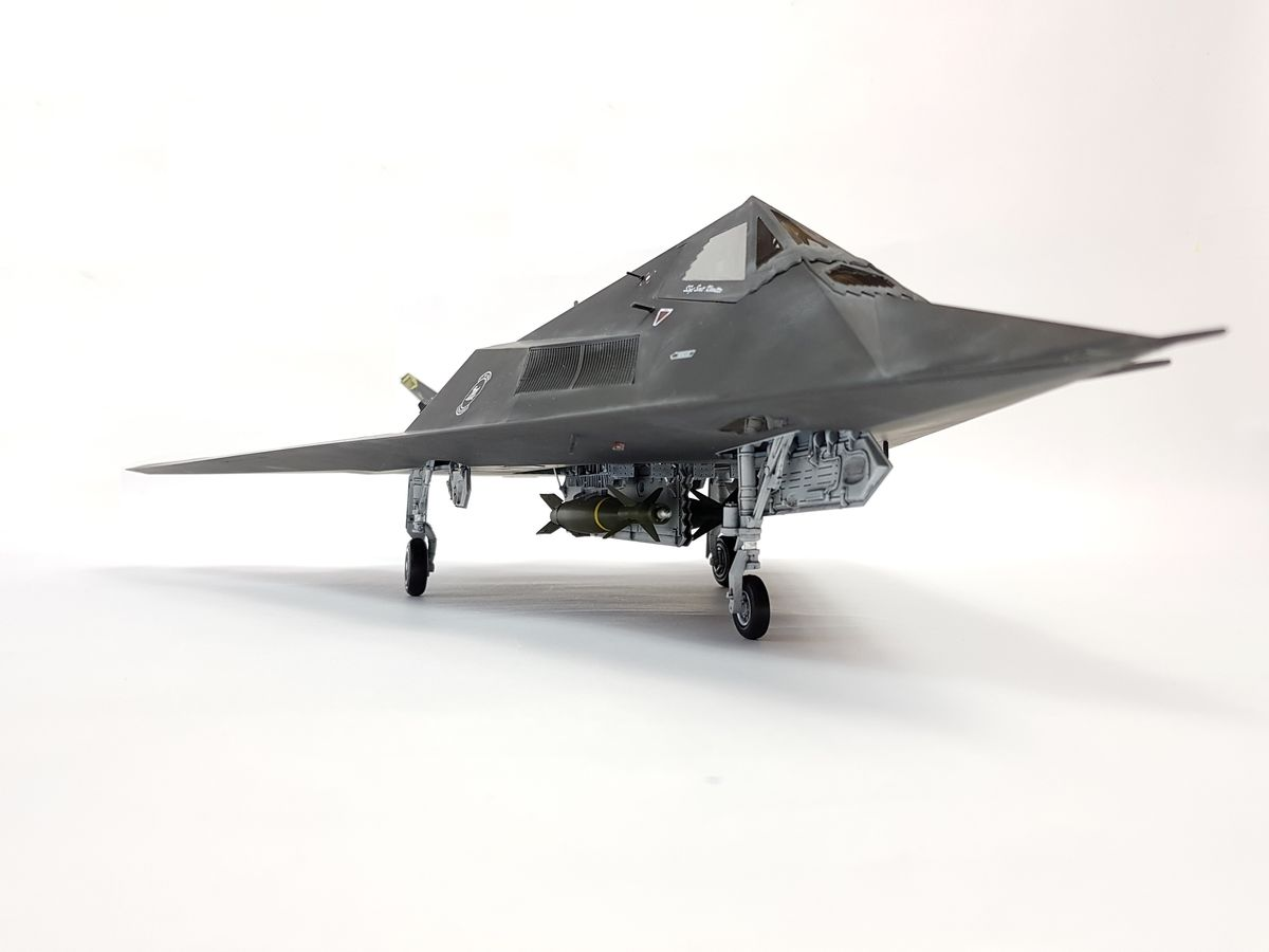 F-117 A Trumpeter 1:32 - 008 - Image 1