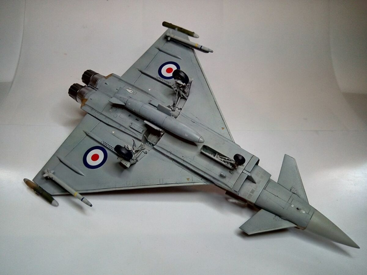 Eurofighter Typhoon 1/72 - 002 - Image 1