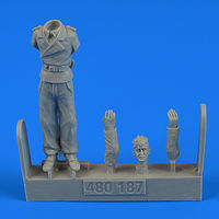 German WWII Tank crew - Trooper D Figurines - Image 1